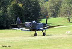 Spitfire_TE184_Griffith_2011-09-0312.jpg