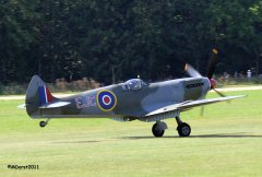 Spitfire_TE184_Griffith_2011-09-0312b.jpg