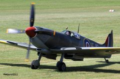 Spitfire_TE184_Griffith_2011-09-033.jpg