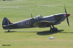 Spitfire_TE184_Griffith_2011-09-034.jpg