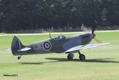 Spitfire_TE184_Griffith_2011-09-036.jpg
