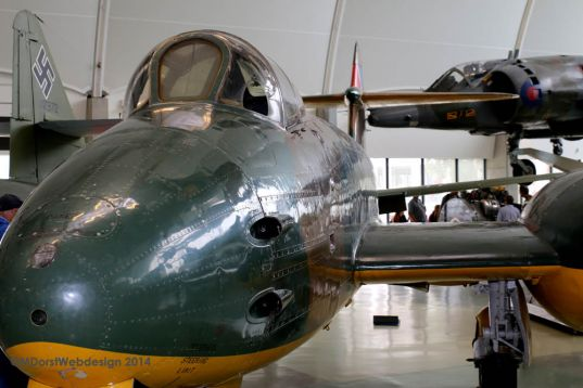 Gloster Meteor Hendon 2014 07 132